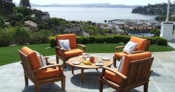 So pflegen Sie Ihre Gartenmöbel aus Teakholz