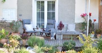 Den richtigen Boden für die Terrasse und die Gartenmöbel